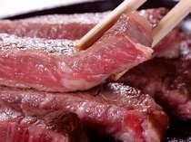 「波の宴とステーキ」プランに付いている「鉄板ステーキ」です。ふわふわジューシーをどうぞ♪
