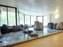 【岩風呂】当ホテル自慢の岩風呂(ラジウム・ラドン風呂)