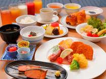 ■料理一例■バラエティ豊富な朝食バイキングで朝から大満足♪