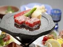 夕食一例。じゅうじゅう牛ステーキ
