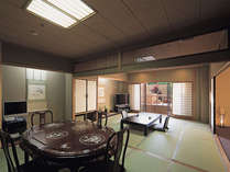 露天風呂付和洋室~風月の間~和室12帖、和室10帖、クイーンサイズツインベットルーム