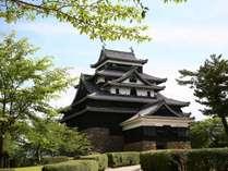 【松江城】国宝★日本に現存する12の天守の内の一つ。当館から車で20分。