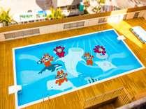 【3月1日プールオープン】可愛いシーサー君がプールの底で一緒に泳いでいるよ♪