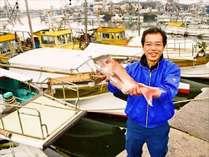 地元有名店『つちや鮮魚』社長の目利きで選ぶ、三津浜漁港の魚介♪.