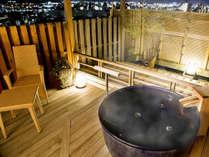 プライベートな湯浴みで気兼ねなく道後温泉を満喫♪人気の露天風呂付客室★