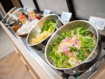 野菜ソムリエがセレクトした有機JAS認定野菜を利用したサラダです♪