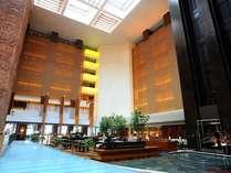 品川イーストワンタワー内、26階がロビー階でございます。ホテル専用エレベーターにてお越しください。
