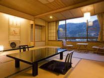 【露天風呂付き客室】12.5畳を基準とした、ゆとりのある客室です。