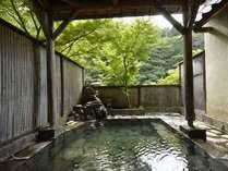 渓流沿いの露天風呂で塩原の名湯を満喫!