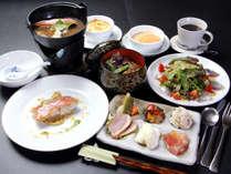 【洋食】が食べたい!そんな方にオススメ♪海の幸と洋食のコラボレーション料理*