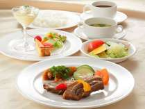 シェフおすすめ「お肉」ディナープラン(2食付き)