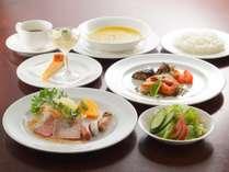 【選べる夕食】スペアリブコース・お魚コース・和食膳◆高原野菜や地元の新鮮食材がたっぷり!<2食付>