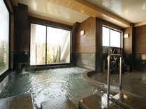 展望大浴場からは有馬温泉が一望できます。