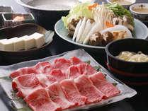 兵庫県産の黒毛和牛のしゃぶしゃぶをご提供させて頂いております。