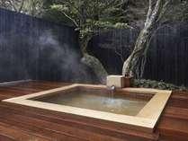 5つの貸切露天風呂は宿泊者は無料でご利用いただけます。