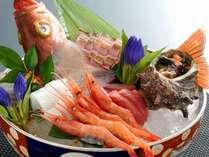 【お造里盛合せ付旬会席】旬の鮮魚のお造里盛合せをご用意♪食・温泉を堪能する特別プラン