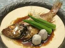 日本海の美味、のどぐろ煮付け(一尾付けは別注・時価)