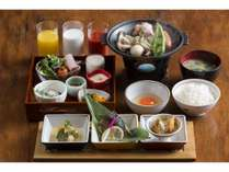 【ご朝食】ご飯・ドリンク・味噌汁はおかわり自由♪