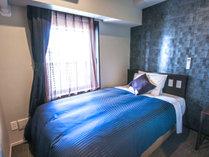 ◆シングルルーム◆全室セミダブルベッドを完備しております。