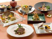 和と洋の料理長が競うこだわりの和洋懐石コース(一例です)