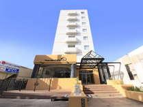 2018年リニューアル!宮古島メイン通り沿いにありアクセス抜群『ミヤコセントラルホテル』