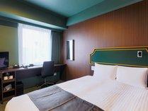 【客室】ダブルルーム/ベッド幅140cm1台/15平米 (テーマ:森)