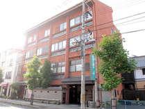 【外観】JR笠岡駅より徒歩3分★観光・お仕事の拠点に最適!1階のレストランも気軽にどうぞ♪