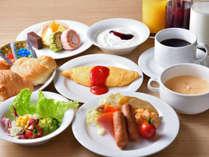 洋食も豊富に揃っております/朝食バイキング