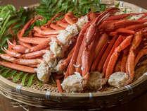 【基本宿泊プラン】11/1~1/15まで蒸しズワイガニの食べ放題!約50種類のバイキング料理と一緒に