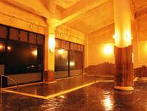 *【温泉】総ヒバ造りの当館の温泉は、「しょっぱい温泉」として有名です。