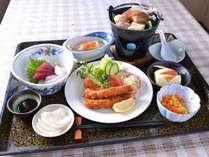 *お夕食一例/地元青森の食材を活かした和定食膳をご賞味下さい。