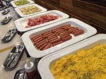 レストラン九年母亭朝食ビュッフェ一例和・洋食と沖縄料理のブッフェは80種類とメニューが豊富