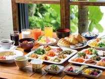 60種類朝食バイキング レストラン「九年母亭」