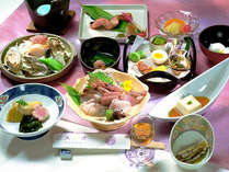 *日本海の新鮮な幸を堪能(料理一例)
