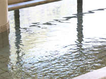 徳島市内では珍しい大浴場。波々と溢れ出る錦竜水を使用したお風呂で、旅の疲れを癒やして下さい。