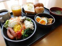 [朝食和洋バイキング無料サービス] 盛付例 洋食