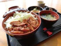 [日替わりお手軽無料夕食] 鶏の照り焼き丼セット