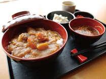 [日替わりお手軽無料夕食] カレー丼セット