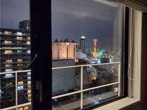 ポートタワー側客室からの夜景