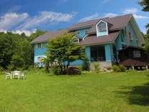 大自然を肌で感じるリゾートハウスで、のんびりと休日を過ごしてみませんか!