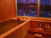 飛燕閣和室特別室 展望檜風呂 眺望満点ですよ