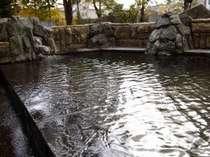 無加川を望む露天風呂