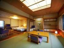 【飛燕閣】檜風呂付きの和洋特別室。