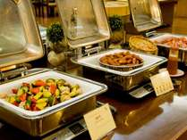 【朝食バイキング】道産食材にこだわったバイキング。朝からお腹いっぱいお召し上がりください。