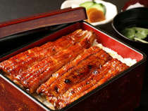 香ばしい鰻は四季荘の人気メニューです。