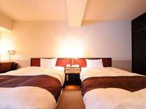 スタンダードツイン(広さ20.5平米、ベッド幅110cm)