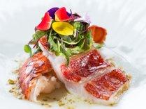 グランマーレ/料理一例。厳選された食材とシェフのインスピレーションをお楽しみください。