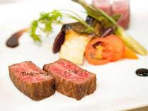 HORIZON (リゾート内レストラン)/シェフが目の前で調理する美味しい鉄板焼をワインとともに。