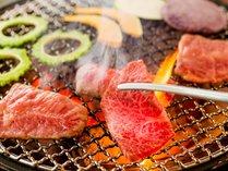 炭火焼肉 琉宮苑(リゾート内レストラン)/焼肉セットからアラカルトまで豊富なメニューをご用意。