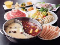 薬膳火鍋 小肥羊(リゾート内レストラン)/中国最大級の火鍋専門店の味を楽しめます。